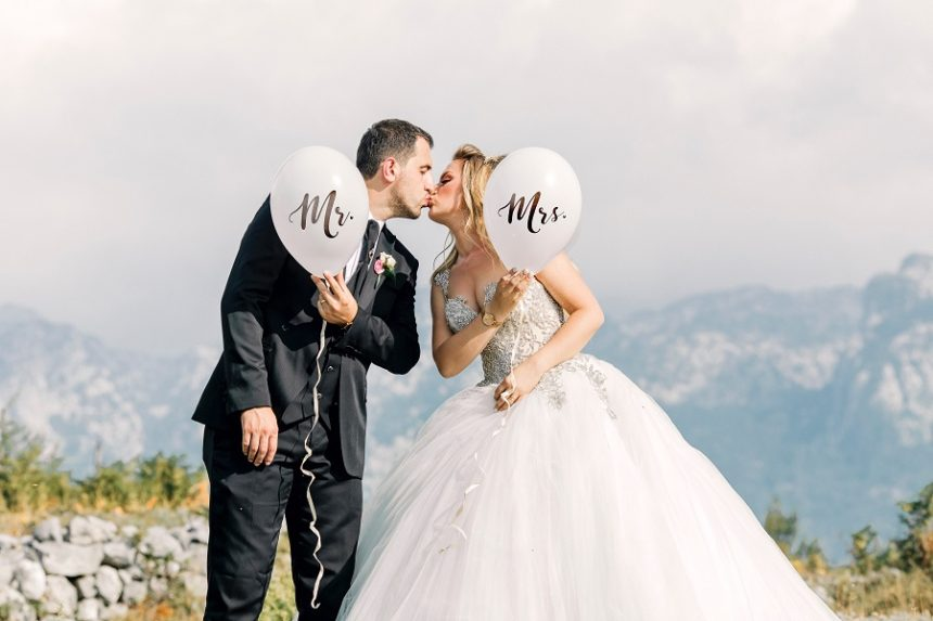question to ask your wedding photographer